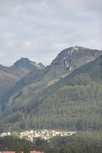 El Rucu y el Guagua Pichincha