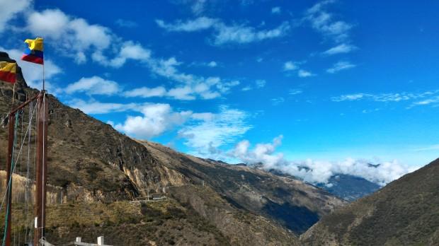Camino a Cuenca HDR.jpg